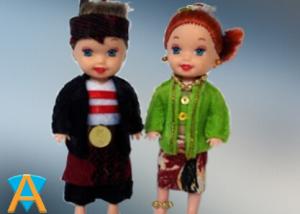 Boneka Doll House Adat